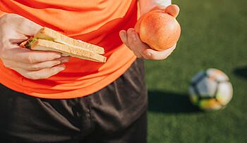 Gesunde Ernährung – So essen Sie sich schlank und stark #237547835 ©estradaanton - stock.adobe.com